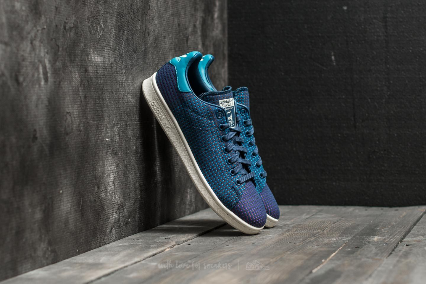 Outlet Catalyst 3