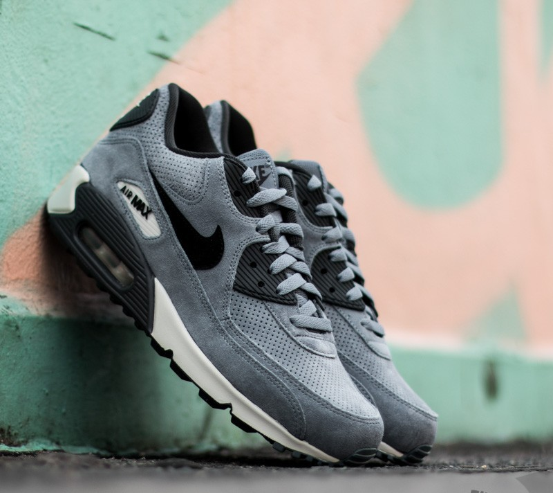nike air max 90 blue graphite premium leather conditioner