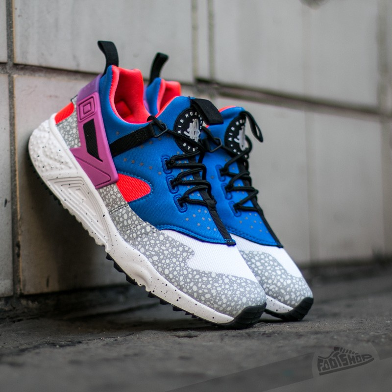 quality design 01b32 3c1e4 ... womens nike huarache utility yellow blue ...