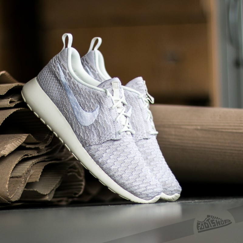htnqwk Nike Wmns Roshe One Flyknit Sail/ White String | Footshop